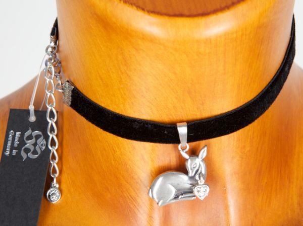 C9357 Samtkropfband mit Bambi liegend und kleinem Herz