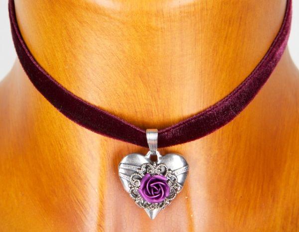 73134 Samtkropfband mit Herz lila