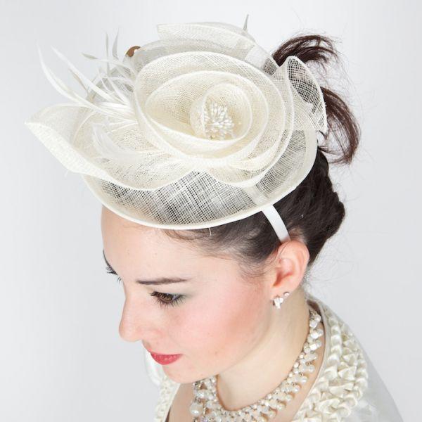 19018 Haareif für die Braut creme